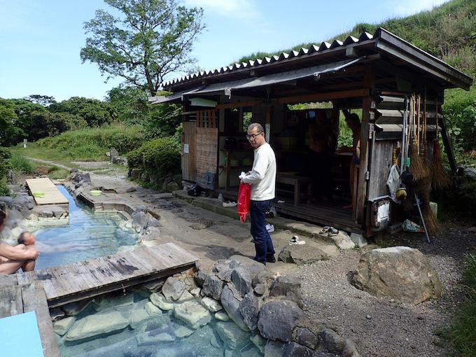 鶴の湯の脱衣所
